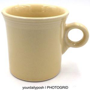Fiesta pale Yellow Tom & Jerry ring coffee mug